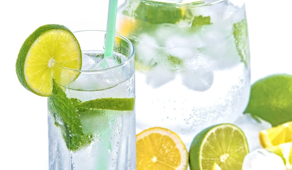 Mineral Water Lime Ice Mint Glass
